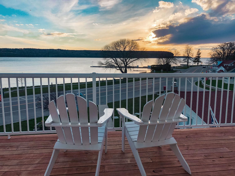 Hillside Waterfront Hotel - Water View
