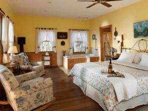 Select Registry Property Feature Inn & Spa At Cedar Falls
