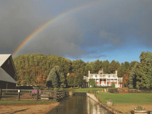Select Registry Property Feature Inn at Black Star Farms