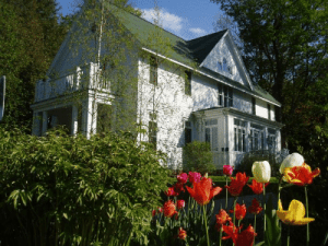 Select Registry Property Feature White Gull Inn