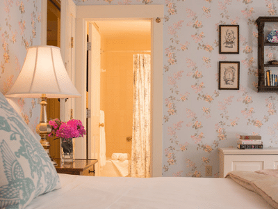 Deerfield Inn Guest Room Bed
