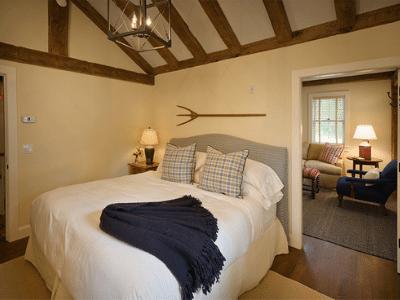 Hill Farm Inn Bedroom