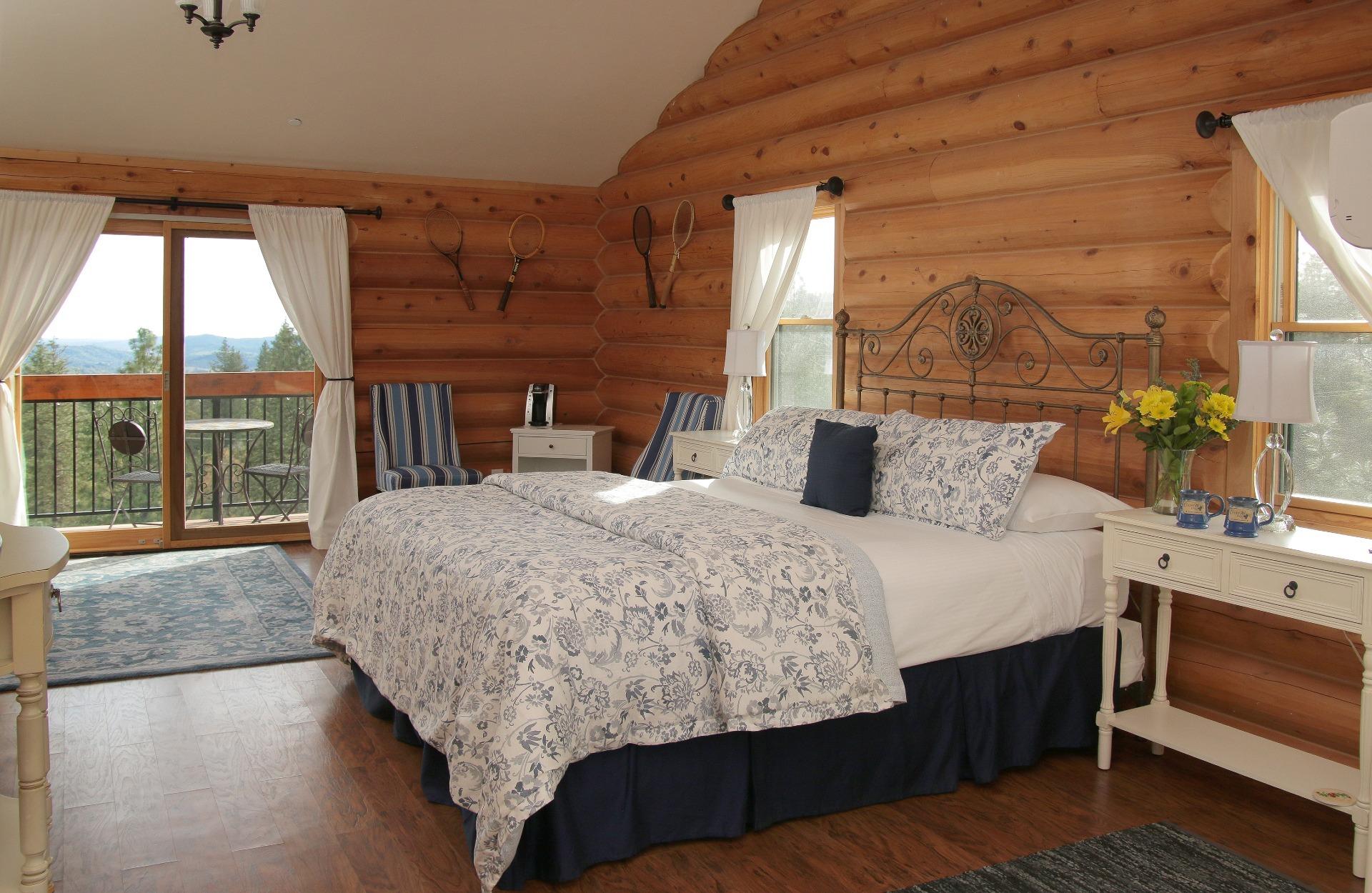 courtwood-inn-frenchroom (1)