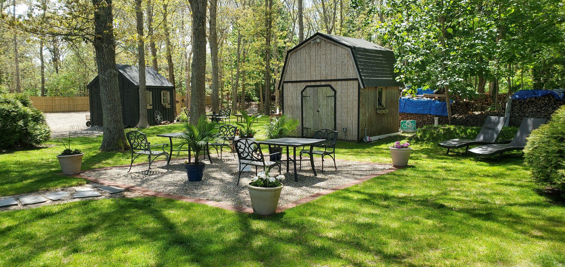 Platinum-Pebble-Backyard