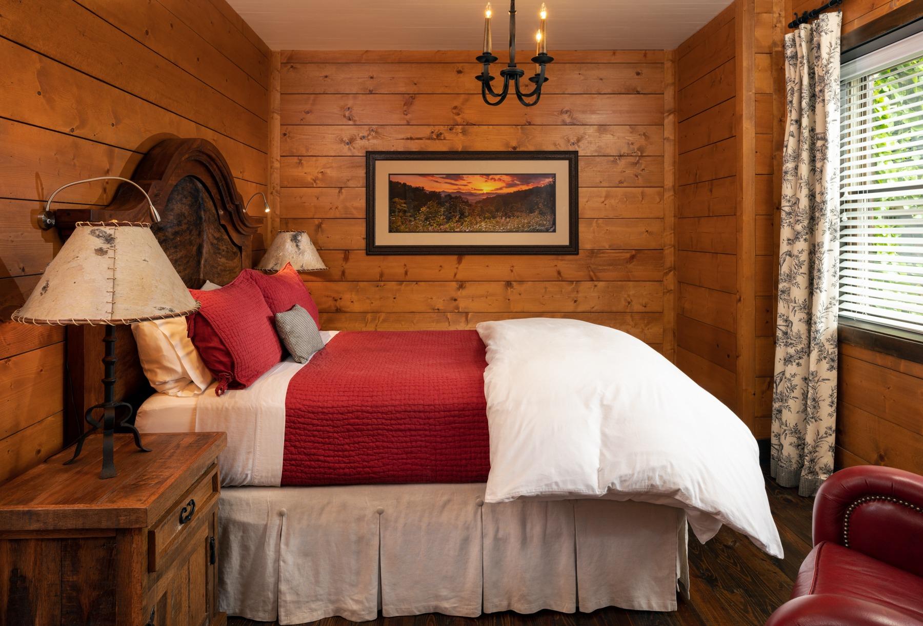 Guestrooms - Cedar.jpg