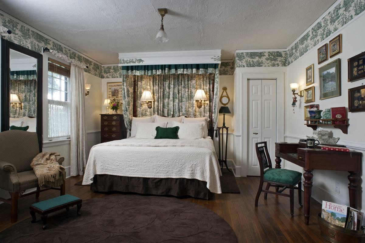 Abbington-Green-guestroom
